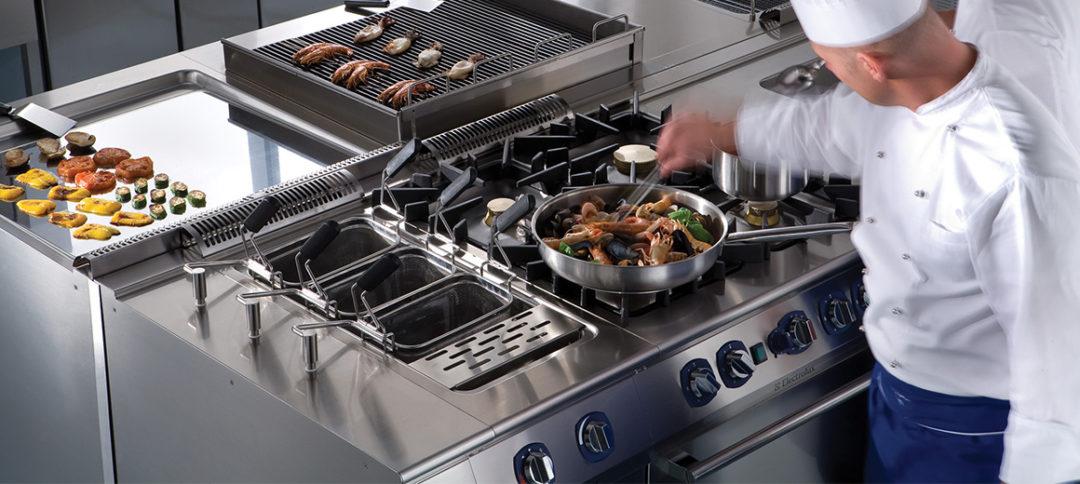 le-gamme-di-cottura-modulare-electrolux-professional-sono-soluzioni-ideali-per-ristoranti-e-ristorazione-veloce